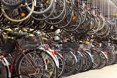自行车车库 库存照片