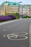自行车道城市在莫斯科 免版税库存照片
