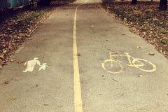 自行车道标志 免版税库存照片