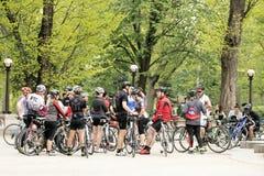 自行车骑士在中央公园,纽约城 库存图片