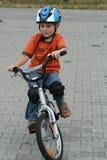 自行车骑马 图库摄影