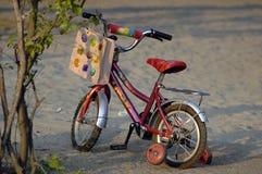 自行车kiddo 免版税库存图片