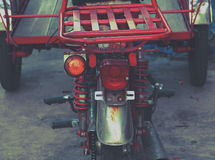 自行车tuk-tuk汽车在泰国 库存照片