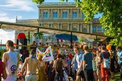 自豪感天(同性恋游行)在布达佩斯,匈牙利 免版税库存照片