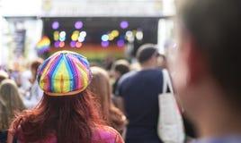 自豪感LGBT节日彩虹旗子帽子 免版税图库摄影