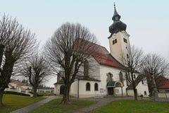 自治市的Schoerfling上午Attersee教区教堂 奥地利 免版税库存图片