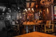 自christmias前夕的咖啡馆 免版税库存照片