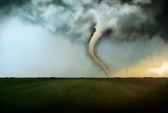 致命的龙卷风 库存图片