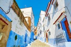 舍夫沙万,摩洛哥美丽的蓝色麦地那  库存照片