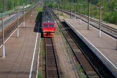 舒展入距离的铁路轨道 ?? 免版税库存图片