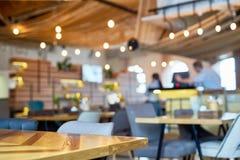 舒适小咖啡馆 免版税库存照片