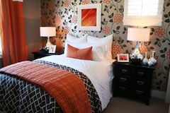 舒适的卧室 免版税库存图片