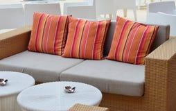 舒适的沙发 免版税库存图片