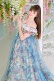 舞会礼服的女孩 免版税库存照片