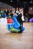 舞厅舞夫妇,跳舞在竞争 免版税库存照片