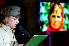 舞台上的演员双胞胎亚历山大和尤金Anufriev 库存照片