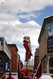舞狮在唐人街,波士顿在农历新年庆祝时 图库摄影
