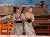 舞蹈冲绳人 库存图片