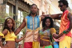 舞蹈家两对夫妇在哈瓦那 免版税库存图片