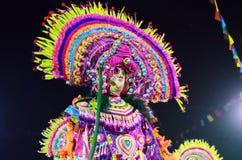 舞蹈家执行在Chhau舞蹈节日的,印度 库存照片