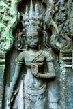 舞蹈家,在吴哥窟复合体,柬埔寨的Ta Prohm寺庙Antient安心  库存图片