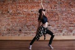 舞蹈是生活 五颜六色的高Hip Hop例证生活方式解决方法 免版税库存图片