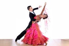 舞蹈演员在舞厅 免版税库存照片