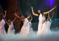 舞蹈演员女性印地安人 免版税库存图片