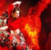 舞蹈演员热妇女 免版税图库摄影