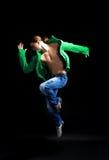 舞蹈演员现代样式时髦的年轻人 免版税库存照片