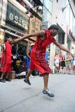 舞蹈演员街道 免版税库存照片