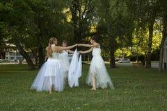 舞蹈现代性能 免版税库存图片