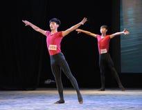 舞蹈训练高和平直的这基本的技巧  免版税库存照片