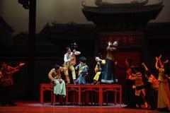 舞蹈过去的戏曲沙湾事件广东全国首先音乐乐队这行动  免版税库存图片