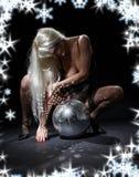 舞蹈黑暗glitterball 免版税图库摄影