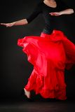 舞蹈 在女孩舞蹈家跳舞佛拉明柯舞曲的红色裙子 库存照片