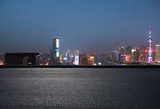 航拍在上海障壁地平线的鸟景色 免版税库存图片