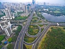 航拍城市高架桥桥梁路lan鸟眼睛视图  库存图片