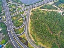 航拍城市高架桥桥梁路lan鸟眼睛视图  图库摄影