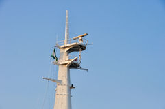 航海、通信和安全设备在船 免版税库存照片