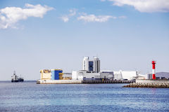 航海通行证圣彼德堡洪水预防设施复合体,俄罗斯S-1  免版税库存图片