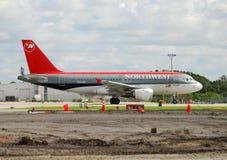航空公司喷气机西北乘客 免版税库存照片