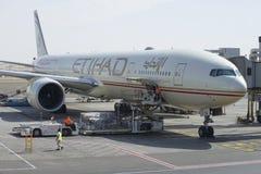 航空公司Etihad的航空器在阿布扎比 免版税图库摄影