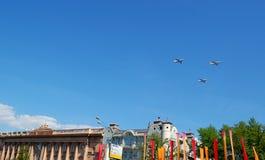 航空器在天空中 免版税库存照片