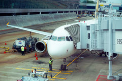 航空器飞机在新加坡中樟宜机场  库存照片