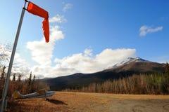 航空器飞机场风向袋 免版税图库摄影
