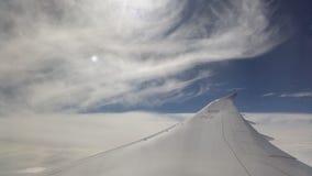 航空器高度蓝色飞行高天空翼 库存图片