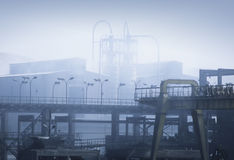 航空工厂污染 免版税图库摄影