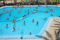 航空开放池游泳 免版税库存照片