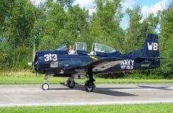 航空美国熊战斗机海军t28特洛伊人 免版税库存图片